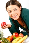 smiling_woman_with_fruit_1nlt